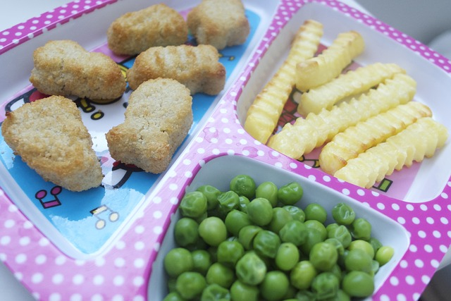 lunch - ways to keep kids busy while working from home